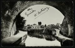 La Bièvre sous le Pont du Métropolitain - Antony