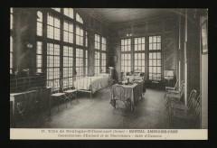Hôpital Ambroise-Paré - Consultation d'Enfants et de Nourrissons - Salle d'examen - Boulogne-Billancourt