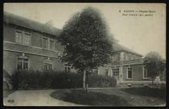 Hôpital Gouin - Cour d'entrée (aile gauche) 92 Clichy
