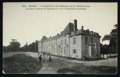 Perspective du Château de la Malmaison - Ancienne Résidence de Napoléon Ier et de l'Impératrice Joséphine - Rueil-Malmaison
