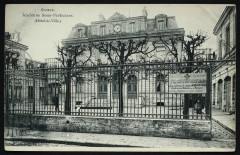 Ancienne Sous-Préfecture (Hôtel-de-Ville.) 92 Sceaux