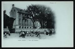 Lycée Lakanal - Cour des Minimes - Sceaux