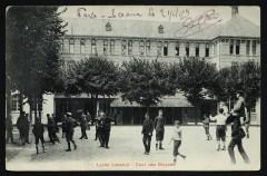 Lycée Lakanal - Cour des Moyens - Sceaux