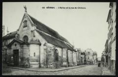 L'Eglise et la rue du Château - Sèvres