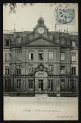 L'Ecole Normale Supérieure - Sèvres