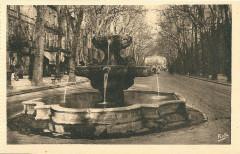 Aix en Provence-Fr-13-vers 1930-la Fontaine des Neufs-Canons - Aix-en-Provence