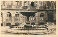 Aix en Provence-Fr-13-vers 1930-la place d'Albertas - Aix-en-Provence