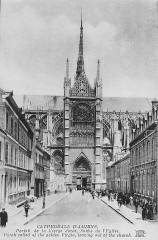 Cathedral Amiens Vierge Dorée portal postcard 80 Amiens