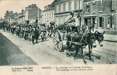 Inconnu - La Guerre 1914-1915 - Amiens - Le passage de l'armée d'Afrique - 185 Rp Paris 80 Amiens