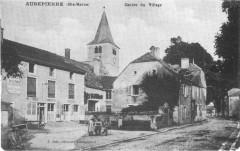 Cp Aubepierre Centre du Village - Aubepierre-sur-Aube