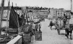 Audierne Le quai de la gare vers 1900 - Audierne