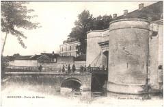 Postcard- Bergues - Porte de Bierne, sent Jan 1915  - Bergues