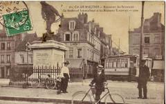 Lefebvre 389 - Calais Maritime - Monument des Sauveteurs - Le Boulevard International et les Nouveaux Tramways - 1909 - Calais