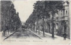 20 CHARLEVILLE. — Avenue de Mézières. — Mezieres Avenue — Ll - Charleville-Mézières