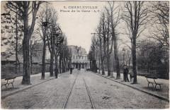 Charleville-Mézières — Place de la Gare - Charleville-Mézières
