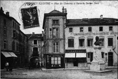 Place des chanoines Commercy 80162 - Commercy