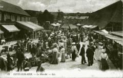 Dives scène de marché début du 20e - Dives-sur-Mer