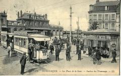Ll 136 - Dunkerque - La Place de la Gare - Station des Tramways 59 Dunkerque