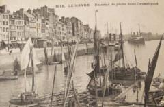 76-Le Havre-Bateaux de pêche dans le port-vers 1910 - Le Havre