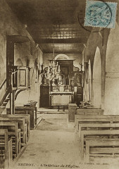 Carte postale présentant l'intérieur de l'église de Nauroy (Marne) - Nauroy