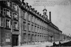 Le Dijonval - Première Manufacture royale de Draps - Sedan