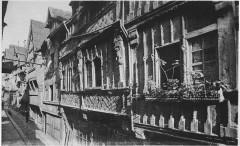 Rue aux Fèvres, Vieux manoirs du XVIe siècle - Lisieux