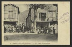 La Motte-Chalançon (Drôme) - Place de la Liberté - Sortie des écoles  - La Motte-Chalancon