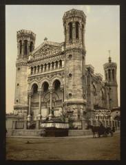 Basilica Fourviere, main entrance, Lyons, France-LCCN2001698429 69 Lyon