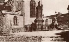 St Thurien monument aux morts - Saint-Thurien