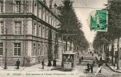 Ecole supérieure et l'Avenue Philippoteaux - Sedan