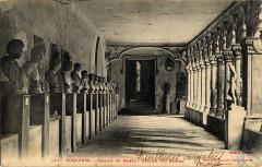 147. Toulouse. Cloitre du musée. Galerie des bustes. - FRAC31555 9Fi0520 - Toulouse