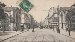 Perspective de la rue de la Paroisse prise des Halles - Versailles