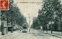 Em 10 - Vincennes - La Rue de Paris