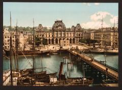 Bourse and docks, Havre, France-LCCN2001698146 76 Le Havre