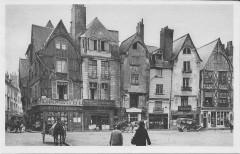 Tours-Place Plumereau vers 1930 - Tours