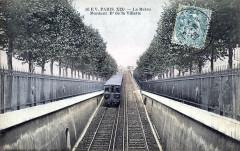 Le Métro Montant Boulevard de la Villette 75 Paris 19e