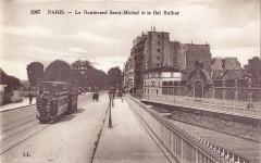 Le Boulevard Saint-Michel et le Bal Bullier - Paris 5e