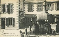 Pontrieux - Pompe à eau et place - Ploëzal