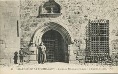 Ploézal - Château de la Roche-Jagu entrée - Ploëzal