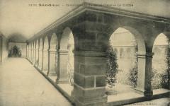 Saint-Brieuc - Communauté du Sacré-Coeur cloître - Saint-Brieuc