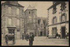 Corlay - Place de l'église - Corlay
