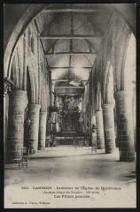 Lannion - Intérieur de l'église de Brélévénez piliers penchés - Lannion