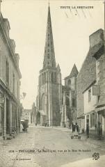 Tréguier - Basilique vue de la rue Saint-André - Tréguier