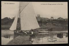 Ile-de-Bréhat - bateau de passage quittant le Port Clos 22 Île-de-Bréhat