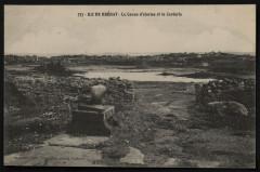 Ile-de-Bréhat - canon d'alarme et La Corderie 22 Île-de-Bréhat