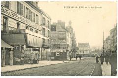 Fontainebleau - La Rue Grande - Fontainebleau
