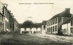 Saint-Caradec - Place et calvaire - Saint-Caradec