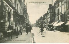 19. Fontainebleau (S.-et-M.) Rue Grande - Fontainebleau