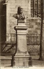 Plouaret - Manoir de Guernachannay portique d'entrée 22 Plouaret