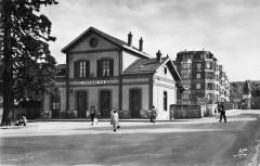 Place de la gare de Viroflay Rg (années 1950) - Viroflay